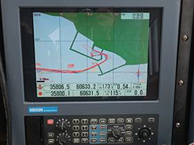 追尾内臓GPSプロッター